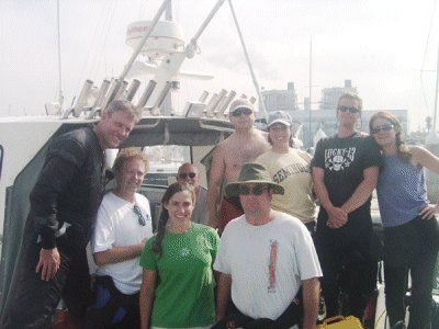 A group shot of today's divers.