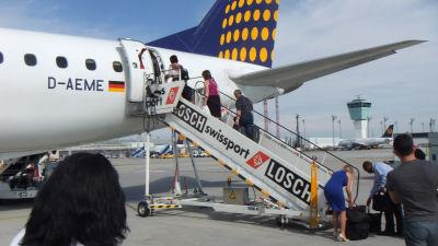 Plane to Albania