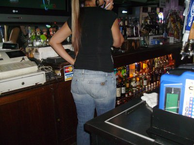 I traded another lobster in exchange for taking a picture of the bar tender's butt.